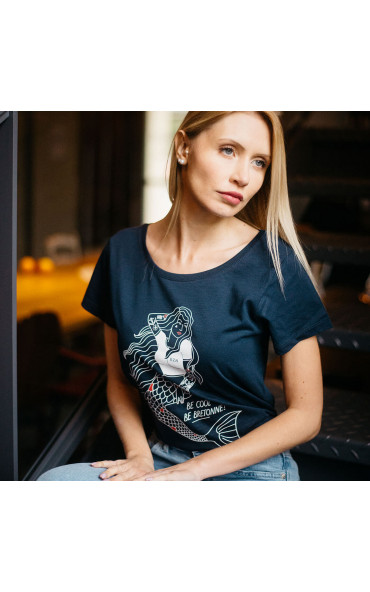 T-shirt femme Be cool, be...