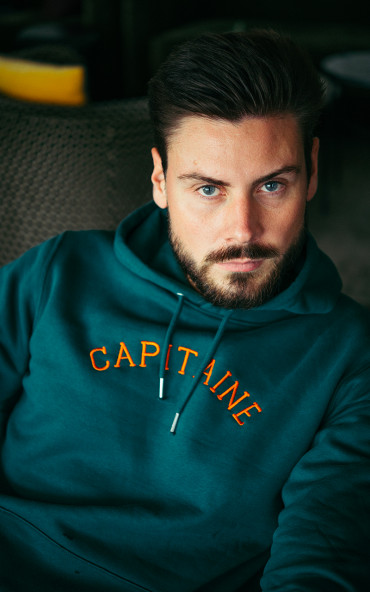 Hoodie homme brodé Capitaine